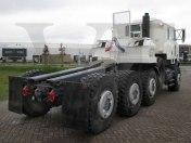 Oshkosh-M1070-8x8-heavy-duty-tractor-head-vehiclestaxfree-006