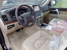 toyota-landcruiser-200-premium-tss-4-6-v8-petrol-euro6-vehiclestaxfree-008